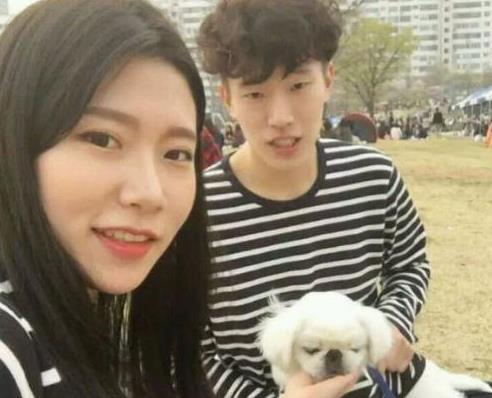 ins上很红的韩国情侣是谁?韩国网红情侣林拉拉ins账号分享[多图]